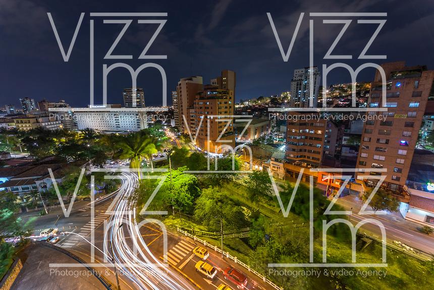 CALI - COLOMBIA: Panorámicas nocturnas del sector Oeste de la ciudad de Cali, Colombia. / Night panoramics of the west of Cali, Colombia. Photo: VizzorImage/ Gabriel Aponte / Staff