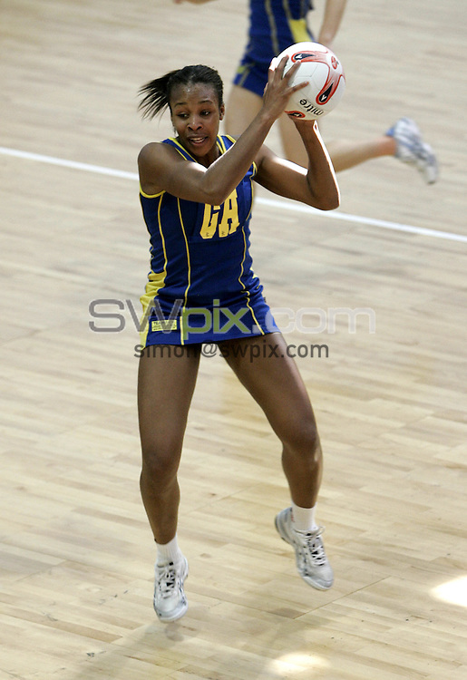 PIC BY PHIL SEARLE/SWPIX : 2006 figleaves.com Superleague Final, Guildford Spectrum.Pamela Cookey ....03/06/06....Pamela Cookey of  TeamBath in action against Mavericks in the first ever figleaves.com Superleague Final played at the Guildford Spectrum. TeamBath won the match 43-35(Photo: Phil Searle)