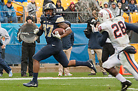Pitt running back Qadree Ollison scores on a 25-yard touchdown run. The Pitt Panthers defeated the Virginia Cavaliers 31-14 at Heinz Field, Pittsburgh, PA on October 28, 2017.
