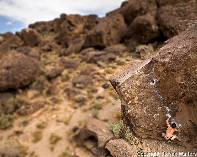 Bouldering at Happy Boulders near Bishop California