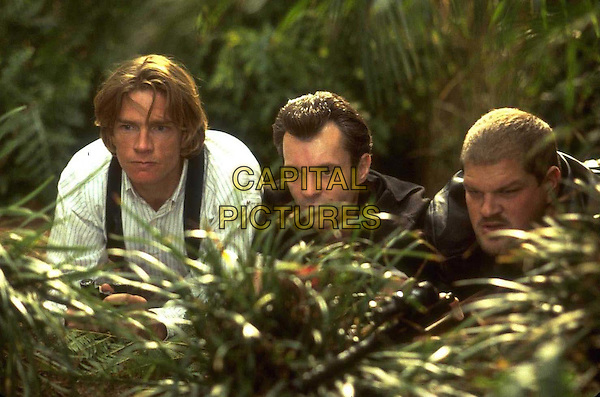 THOMAS HADEN CHURCH, GREG CRUTTWELL &.ABRAHAM BENRUBI.in George Of The Jungle .Filmstill - Editorial Use Only.Ref: FB.www.capitalpictures.com.sales@capitalpictures.com.Supplied by Capital Pictures
