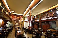 Belo Horizonte_MG, 18 de Novembro de 2010...Jornal Estado de Minas / Pampulha..Imagens do Restaurante Cocana, que fica ao lado da Toca da RaposA, em frente ao Parque Ecologico...Foto: JOAO MARCOS ROSA / NITRO