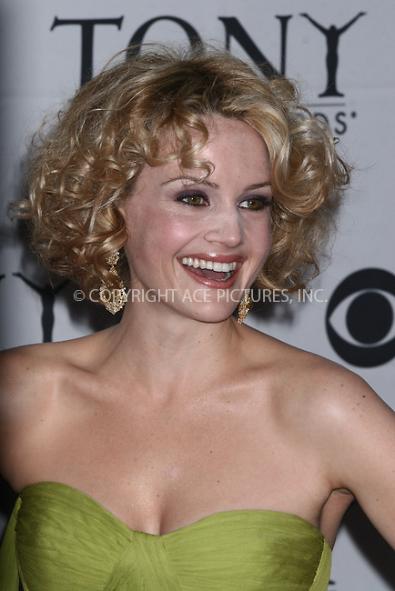 WWW.ACEPIXS.COM . . . . .  ....June 10, 2007. New York City.....Actress Carla Gugino arrives at the 61st Annual Tony Awards held at Radio City Music Hall.......Please byline: JOHN WARD - ACEPIXS.COM.... *** ***..Ace Pictures, Inc:  ..Philip Vaughan  (646) 769 0430..e-mail: info@acepixs.com..web: http://www.acepixs.com