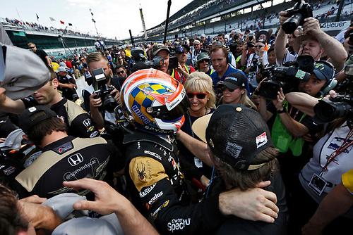 21-22 May, 2016, Indianapolis, Indiana, USA<br /> James Hinchcliffe celebrates winning the Verizon P1 Pole Award<br /> ©2016, Phillip Abbott<br /> LAT Photo USA