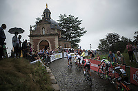 the women racing up the wet cobbles of the infamous 'Muur van Geraardsbergen/ Kapelmuur'<br /> <br /> Brico-cross Geraardsbergen 2016