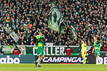 10.02.2019, Weserstadion, Bremen, GER, 1.FBL, Werder Bremen vs FC Augsburg<br /> <br /> DFL REGULATIONS PROHIBIT ANY USE OF PHOTOGRAPHS AS IMAGE SEQUENCES AND/OR QUASI-VIDEO.<br /> <br /> im Bild / picture shows<br /> Spielerwechsel Werder Bremen, Auswechslung Milot Rashica (Werder Bremen #11), Rashica wird verletzungsbedingt ausgewechselt, <br /> <br /> Foto © nordphoto / Ewert