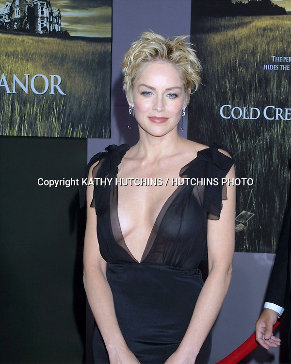 "©2003 KATHY HUTCHINS / HUTCHINS PHOTO.WOLRD PREMIERE OF ""COLD CREEK MANOR"".EL CAPITAN THEATER.HOLLYWOOD, CA.SEPTEMBER 17, 2003..SHARON STONE"