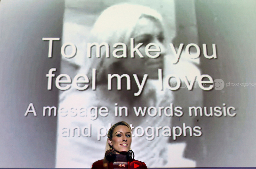 """***NO FEE PIC***.27/09/2011.Lauren Donovan from Sherrard St Youthreach Centre, dublin who won 1st prize beside her video montage piece about domestic violence,.during a """" Your Rights Right  now""""/ Youthreach competition prizegiving award ceremony at the Office of the Ombudsman for Children, Dublin. The competition called on young Youthreach students to express themselves about the important human rights issues affecting their lives..Photo: Gareth Chaney Collins"""