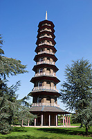 Grossbritannien, England, Kew: Stadtteil Londons im Stadtbezirk London Borough of Richmond upon Thames - die Pagode im Royal Botanic Gardens, inzwischen UNESCO Weltkulturerbe | United Kingdom, England, Greater London, Kew: district in the London Borough of Richmond upon Thames - The Pagoda at Royal Botanic Gardens, UNESCO World Heritage Site