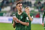 15.04.2018, Weser Stadion, Bremen, GER, 1.FBL, Werder Bremen vs RB Leibzig, im Bild<br /> <br /> Dank an die Fans nach dem Spiel <br /> Marco Friedl (Werder #32)<br /> <br /> Foto &copy; nordphoto / Kokenge
