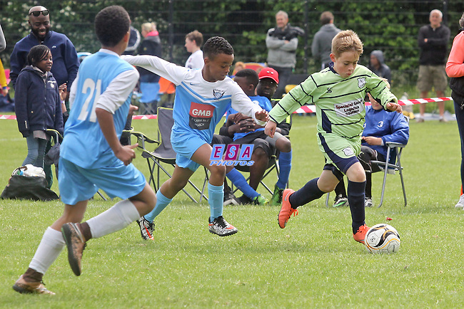 ASPIRE FULHAM v AFC ALLSTARS<br /> U11<br /> THAMESMEAD SUMMER FESTIVAL OF FOOTBALL 2016<br /> SATURDAY 28TH MAY 2016<br /> BAYLISS AVENUE