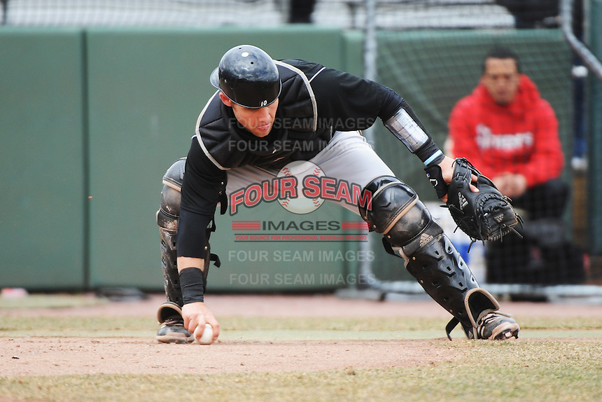 Cincinnati Bearcats catcher Woody Wallace (10) during 1st game of double header against the St. John's Redstorm at Jack Kaiser Stadium on March 28, 2013 in Queens, New York. St. John's defeated Cincinnati 6-5.      . (Tomasso DeRosa/ Four Seam Images)