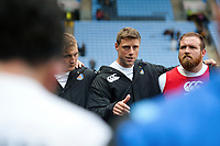 Rhys Priestland of Bath Rugby speaks to his team-mates in a post-match huddle. Aviva Premiership match, between Wasps and Bath Rugby on October 1, 2017 at the Ricoh Arena in Coventry, England. Photo by: Patrick Khachfe / Onside Images