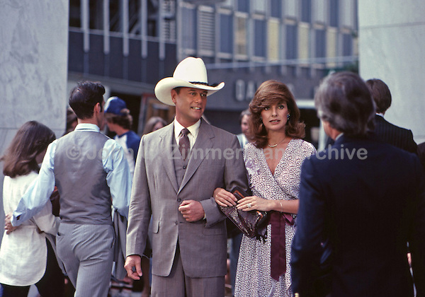 "Larry Hagman and Linda Gray as J.R. and Sue Ellen Ewing, ""Dallas,"" 1980. Photo by John G. Zimmerman."