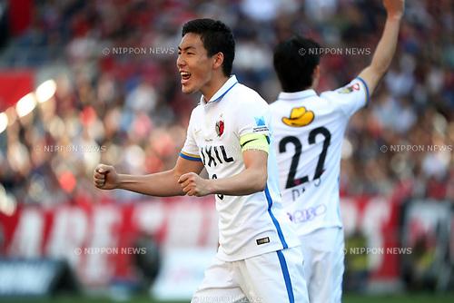 Gen Shoji (Antlers),<br /> MAY 4, 2017 - Football / Soccer : 2017 J1 League match between Urawa Red Diamonds 0-1 Kashima Antlers at Saitama Stadium 2002 in Saitama, Japan. (Photo by Jun Tsukida/AFLO SPORT)