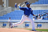 Toronto Blue Jays pitcher Marcus Stroman (6) during a Spring Training game against the Houston Astros on March 9, 2015 at Florida Auto Exchange Stadium in Dunedin, Florida.  Houston defeated Toronto 1-0.  (Mike Janes/Four Seam Images)
