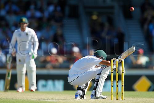 03.11.2016. Perth, Australia. International cricket, 1st Test  Day One Australia versus South Africa. Keshav Maharaj ducks under a Mitchell Starc short ball during his innings of 16