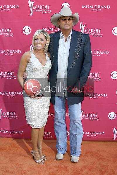 Alan Jackson and wife Denise<br />