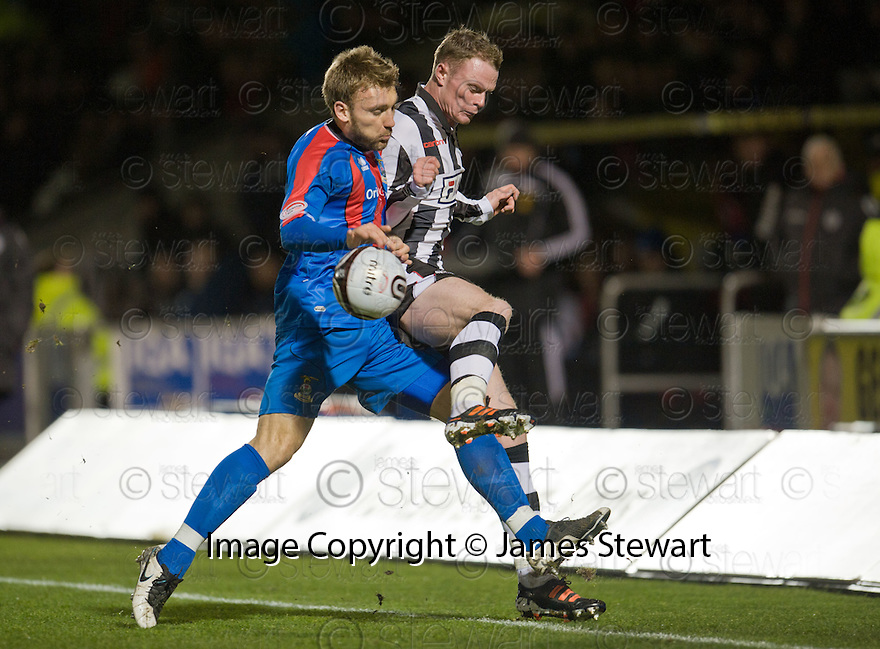 ST MIRREN'S JOHN MCSHANE IS CHALLENGED BY CALEY'S CHRIS HOGG..03/12/2011   Copyright  Pic : James Stewart.sct_jsp012_st_mirren_v_ict  .James Stewart Photography 19 Carronlea Drive, Falkirk. FK2 8DN      Vat Reg No. 607 6932 25.Telephone      : +44 (0)1324 570291 .Mobile              : +44 (0)7721 416997.E-mail  :  jim@jspa.co.uk.If you require further information then contact Jim Stewart on any of the numbers above.........