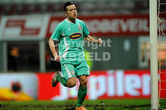 EMMEN - Voetbal, FC Emmen - FC Dordrecht, Jens Vesting, seizoen 2013-2014, 07-02-2014,   FC Dordrecht speler Giovanni Korte  viert zijn treffer voor 1-5