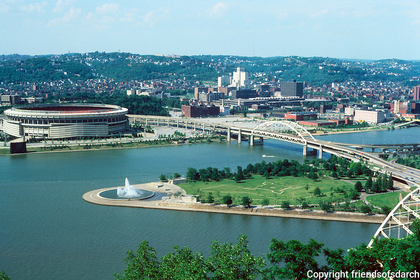 Pittsburgh: Golden Triangle--panorama.  Photo '76.