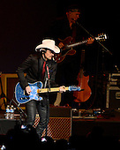 Country music recording artist Brad Paisley performs at the Inaugural Ball at the Washington Convention Center in Washington, D.C. on Monday, January 21, 2013..Credit: Ron Sachs / CNP.(RESTRICTION: NO New York or New Jersey Newspapers or newspapers within a 75 mile radius of New York City)