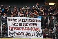 Eintracht Fans grüßen erkrankten Kollegen - 17.03.2018: Eintracht Frankfurt vs. 1. FSV Mainz 05, Commerzbank Arena