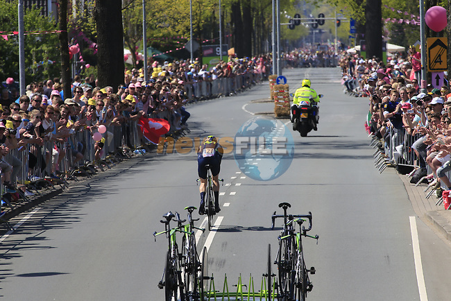 Rory Sutherland (AUS) Movistar Team in action during Stage 1 of the 2016 Giro d'Italia, an individual time trial of 9.8km around Apeldoorn, The Nethrerlands. 6th May 2016.<br /> Picture: Eoin Clarke | Newsfile<br /> <br /> <br /> All photos usage must carry mandatory copyright credit (&copy; Newsfile | Eoin Clarke)