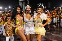 SÃO PAULO, SP, 03 DE FEVEREIRO DE 2013 - ENSAIO TÉCNICO TOM MAIOR - Madrinha da Bateria Tania Oliveira (d) durante ensaio técnico da Escola de Samba Tom Maior na preparação para o Carnaval 2013. O ensaio foi realizado na noite deste domingo (03) no Sambódromo do Anhembi, zona norte da cidade. FOTO LEVI BIANCO - BRAZIL PHOTO PRESS