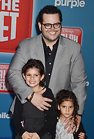 HOLLYWOOD, CA - NOVEMBER 05: Josh Gad attends the Premiere Of Disney's 'Ralph Breaks The Internet' at the El Capitan Theatre on November 5, 2018 in Los Angeles, California.<br /> CAP/ROT/TM<br /> &copy;TM/ROT/Capital Pictures