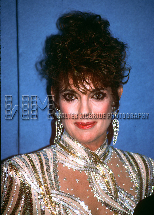 Linda Gray in Los Angeles, California in 1986 at the Emmy Awards.