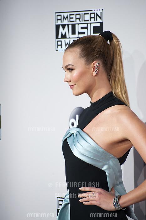 LOS ANGELES, CA. November 20, 2016: Model Karlie Kloss at the 2016 American Music Awards at the Microsoft Theatre, LA Live.<br /> Picture: Paul Smith/Featureflash/SilverHub 0208 004 5359/ 07711 972644 Editors@silverhubmedia.com