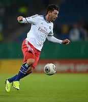 FUSSBALL   DFB POKAL   SAISON 2013/2014   2. HAUPTRUNDE Hamburger SV - SpVgg Greuther Fuerth                 24.09.2013 Tolgay Arslan (Hamburger SV)  am Ball