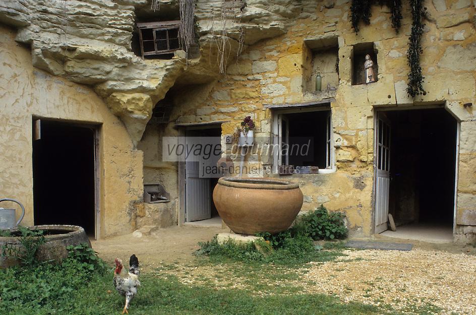 Europe/France/Pays de la Loire/Maine-et-Loire/Environ de Doué-la-Fonatine : Village troglodytique de la Fosse