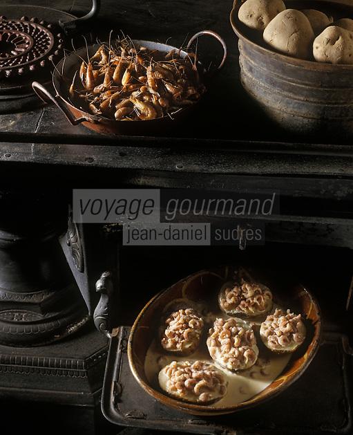 "Europe/Belgique/Flandre/Flandre Occidentale/Oostduinkerke : Pommes de terre farcies aux crevettes au restaurant ""La Becassine"""