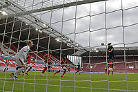 24th May 2020, Opel Arena, Mainz, Rhineland-Palatinate, Germany; Bundesliga football; Mainz 05 versus RB Leipzig; Goalkeeper Florian Mueller (FSV Mainz 05) beaten by the header from Yussuf Poulsen (RB Leipzig) for  0:2