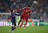 FUSSBALL  CHAMPIONS LEAGUE  ACHTELFINALE  HINSPIEL  2012/2013      FC Bayern Muenchen - FC Arsenal London     13.03.2013 Tomas Rosicky (li, Arsenal) gegen Javi Martinez (re, FC Bayern Muenchen)