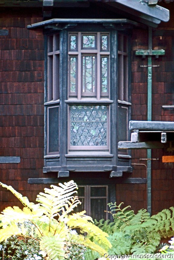 Greene & Greene: Blacker House 1907. Window detail.  Photo '88.