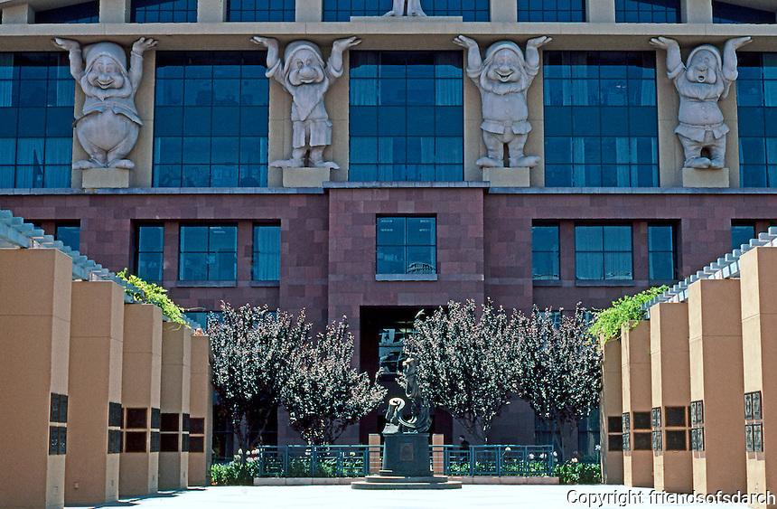 Michael Graves: Administration Building, Disney Studios 1991. Los Angeles.