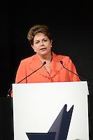 """ATENÇÃO EDITOR: FOTO EMBARGADA PARA VEÍCULOS INTERNACIONAIS. SÃO PAULO, SP, 01 DE OUTUBRO 2011 - DILMA ROUSSEFF EM SP - Presidente Dilma Rousseff durante entrega do Prêmio """"As Empresas Mais Admiradas do Brasil"""", oferecido pela revista Carta Capital no Espaço Rosa Rosarum em Pinheros regiao oeste da capital paulista, na noite desta segunda feira. FOTO: ALEXANDRE MOREIRA - BRAZIL PHOTO PRESS"""