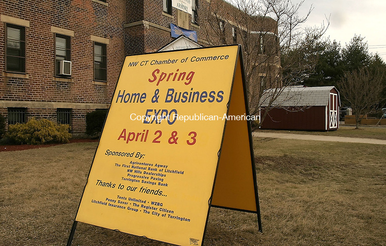 TORRINGTON, CT--31 MARCH 2005- 033105JS03-- The Northwest Connecticut's Chamber of Commerce will sponsor their annual Spring Home and Business Expo this weekend at the Torrington Armory. --Jim Shannon Photo--Home and Business Expo; Northwest Connecticut's Chamber of Commerce are CQ