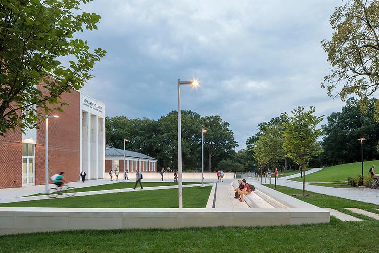 Edward St John Learning and Teaching Center at University of Maryland   Ayers Saint Gross