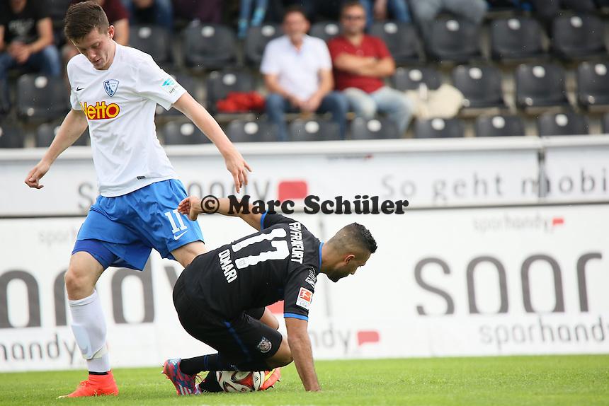 Joan Oumari (FSV) holt sich den Ball von Michael Gregoritsch (Bochum) - FSV Frankfurt vs. VfL Bochum, Frankfurter Volksbank Stadion