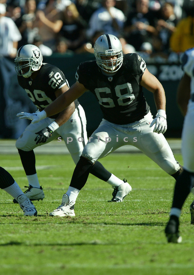 JARED VELDHEER, of the Oakland Raiders, in action during the Raiders  game against the Seattle Seahawks on October 31, 2010 at Oakland-Alameda County Coliseum in Oakland, California.  .The Raiders beat the Seahawks 33-3...