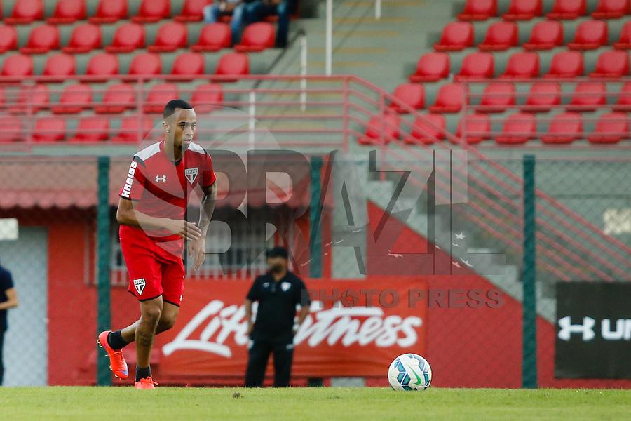 SÃO PAULO, SP, 05.06.2015 - FUTEBOL-SÃO PAULO -  Wesley durante treino do São Paulo Futebol  no Centro de Treinamento da Barra Funda, na tarde desta quarta-feira (10). (Foto: Adriana Spaca/Brazil Photo Press)