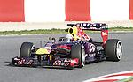 19.02.2013 Montmelo, Barcelona, Spain. Pre-seasson testing day 1. Picture show Red Bull Racing, Sebastian Vettel driving RB9 at Circuit de Catalunya