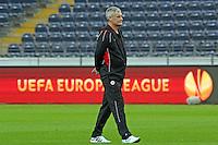 Trainer Armin Veh (Eintracht)  will in der Europa League überwintern - Eintracht Europa League PK