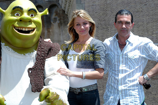 "SHREK, CAMERON DIAZ & ANTONIO BANDERAS.Photocall for ""Shrek The Third"", Rome, Italy..June 15th, 2007.3 half length blue striped stripes shirt grey gray cropped jacket diamante belt costume bracelet .CAP/CAV.©Luca Cavallari/Capital Pictures"