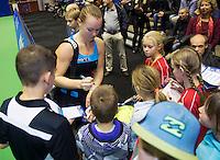 21-12-13,Netherlands, Rotterdam,  Topsportcentrum, Tennis Masters, Kiki Bertens signing autographs<br /> Photo: Henk Koster
