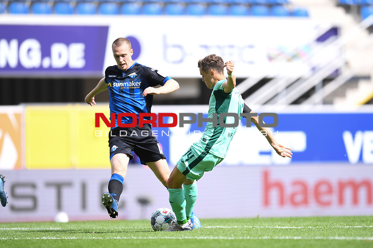 Sebastian Schonlau (SC Paderborn #13) gegen Christoph Baumgartner (TSG 1899 #14),<br /><br />Foto: Edith Geuppert/GES /Pool / Rauch / nordphoto <br /><br />DFL regulations prohibit any use of photographs as image sequences and/or quasi-video.<br /><br />Editorial use only!<br /><br />National and international news-agencies out.
